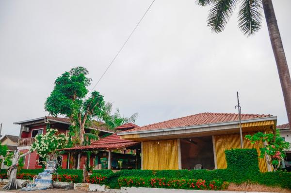 Pousadas e hostels oferecem preços mais baixos para atrair turistas durante a Festa do Cupuaçu