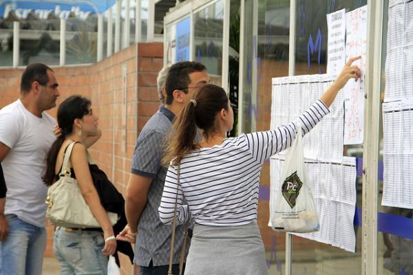 Mais de 2,5 mil candidatos participam de concurso para procurador em Manaus