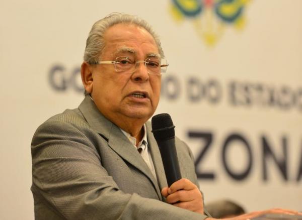 Amazonino inaugura primeiro Centro Educacional de Tempo Integral em Itacoatiara