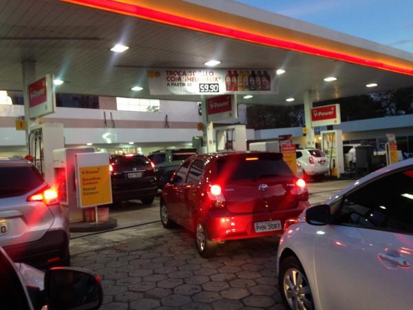 Prefeitura decreta ponto facultativo nesta sexta devido à crise de combustível