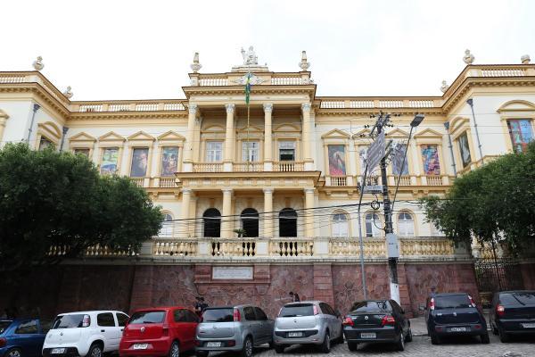Clube de Quadrinheiros de Manaus promove cineclube no Palácio da Justiça