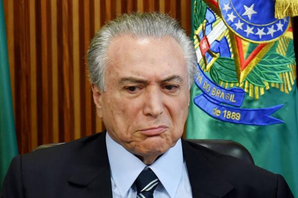 Polícia Federal envia ao STF indícios de que Temer recebia mesada de R$ 300 mil