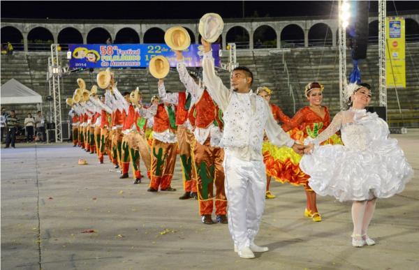 Oito bairros promovem festas juninas neste fim de semana