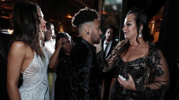 Mãe de Neymar diz que quer mais um neto e sugere nome para o herdeiro