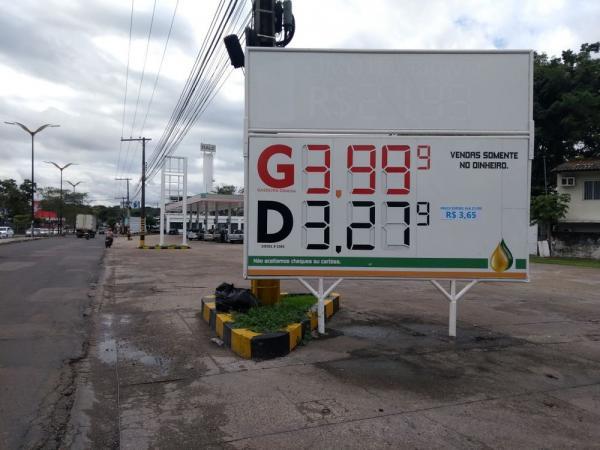 Em Manaus valor da gasolina tem redução e menor preço do litro chega a R$ 3,99