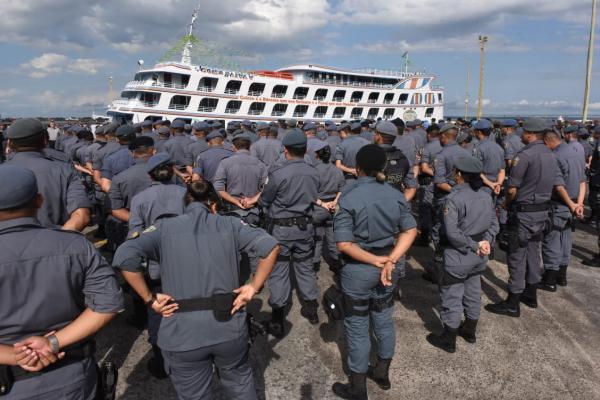Mais de 800 servidores participam da Operação de segurança do Festival de Parintins
