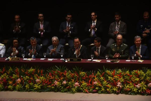 Governador Amazonino Mendes participa de posse de novos dirigentes do TJAM