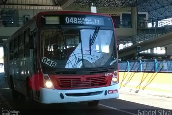 Passageiros espancam trio de assaltantes em ônibus na zona Norte de Manaus