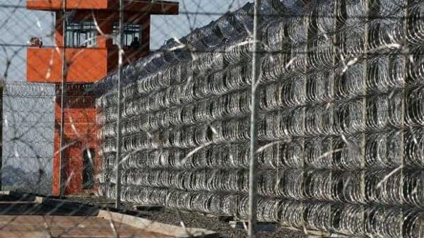 Agentes penitenciários ameaçam parar escoltas em presídios federais
