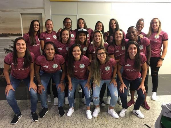 Hulk chega em São Paulo para jogo contra São José nesta quarta-feira (11)
