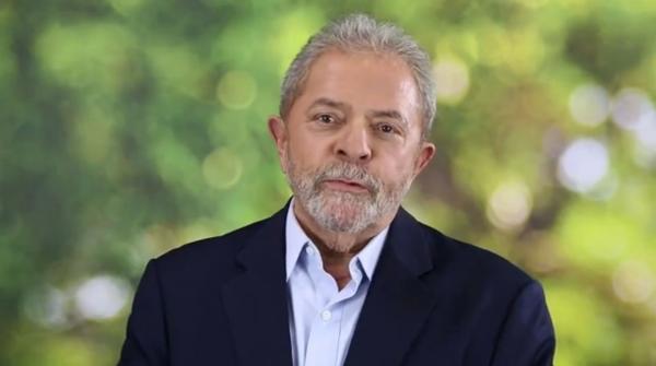 Lula diz que será candidato e recuperará 'soberania' do Brasil