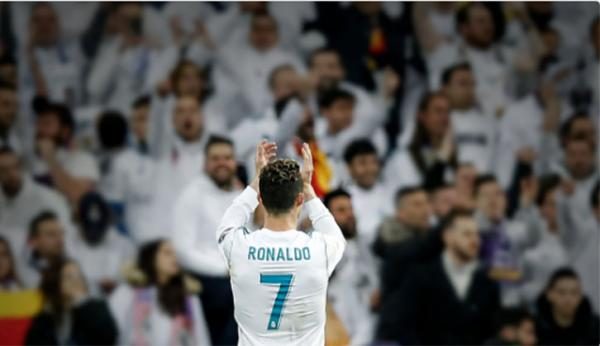 Cristiano Ronaldo fecha ciclo pelo Real e é contratado pelo Juventus