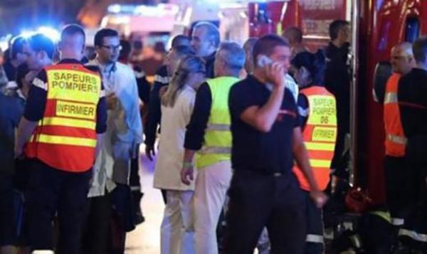 Confusão em Nice durante comemoração da seleção francesa deixa 30 feridos