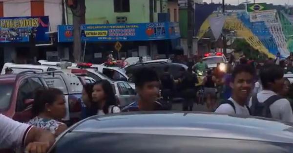 Confusão e pancadaria no Armando Mendes durante operação da SMTU