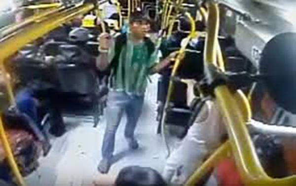 Ex-detentos em regime semiaberto estão aterrorizando usuários do transporte coletivo em Manaus