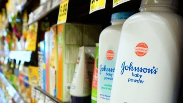 Câncer atribuído a talco obriga Johnson & Johnson a pagar R$ 18 bilhões em indenização