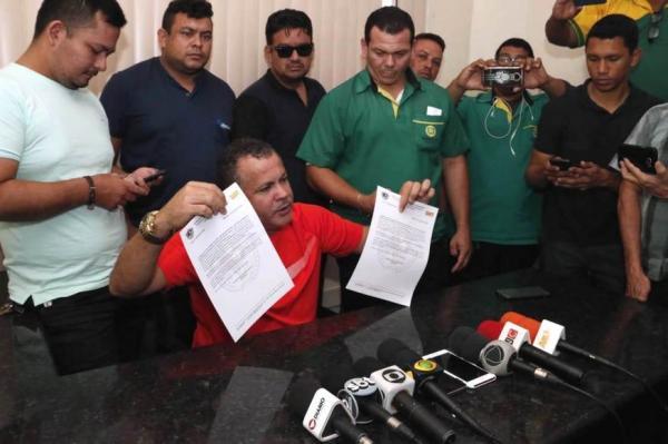 Rodoviários ameaçam  greve geral ou até 'catraca livre' caso haja atraso de salários
