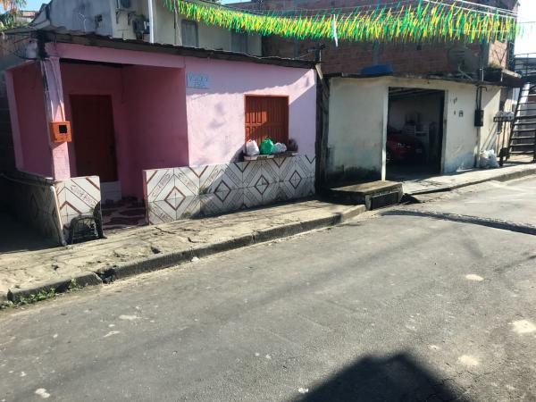 Mototaxista é assassinado após mexer com mulher de traficante