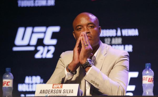 Anderson Silva exorciza fantasma do doping: 'A verdade foi esclarecida'