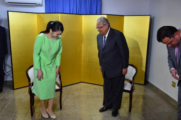 Amazonino recebe princesa japonesa, na comemoração da imigração