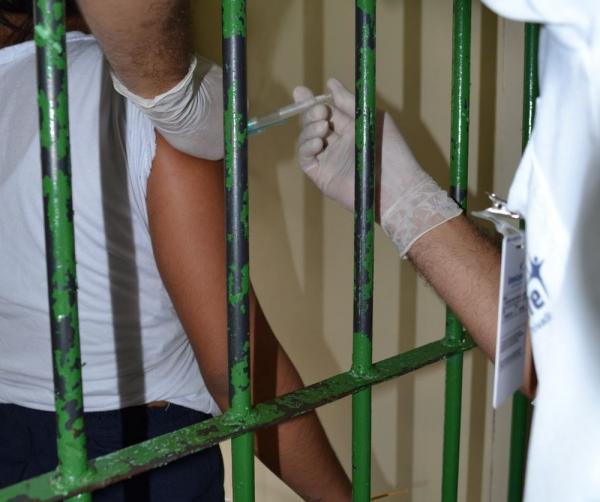 No AM, 8 mil presos e servidores de unidades prisionais devem ser vacinados contra sarampo até fim de agosto