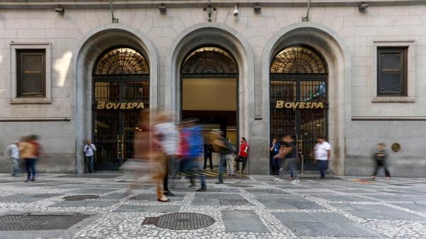 Bovespa fecha em alta de mais de 2%, puxada pelo avanço das ações da Petrobras