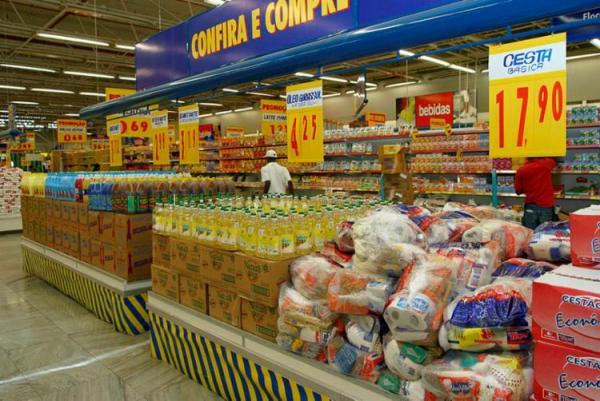 Preço da cesta básica em Manaus cai 3,46% em julho, aponta Dieese