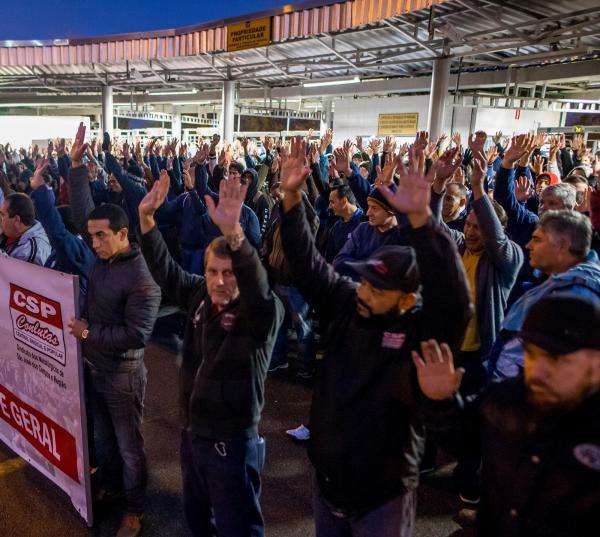 Com nova lei trabalhista, grandes sindicatos enfrentam impasses para fechar negociações