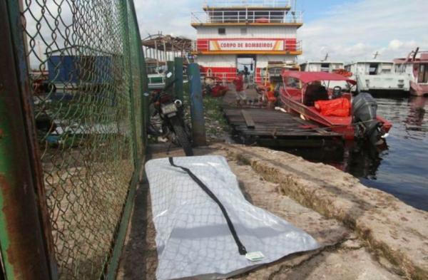 Corpo de homem é encontrado boiando no rio Negro, próximo ao porto da Ceasa