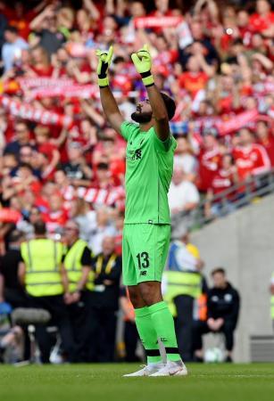 Após frustrações de Cavalieri e Doni no gol, Liverpool tem nova era brasuca: Alisson