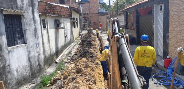 Manaus Ambiental instala nova rede de água em bairros das zonas Oeste e Centro-Sul