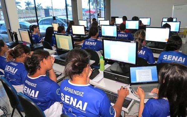AM tem mais de 2,9 mil jovens aprendizes contratados no 1º semestre de 2018