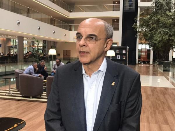 Presidente do Flamengo se diz indignado por convocação de Lucas Paquetá: