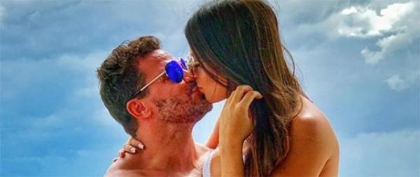 """Eduardo Costa rebate críticas após xingar namorada: """"A mulher é minha, faço o que eu quiser"""""""