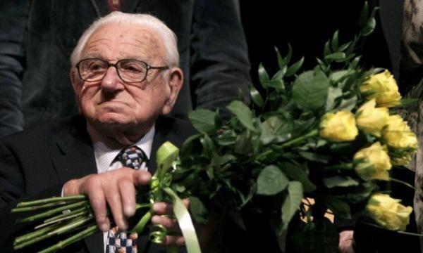 Morre, aos 106 anos, inglês que salvou 669 crianças judias na Segunda Guerra