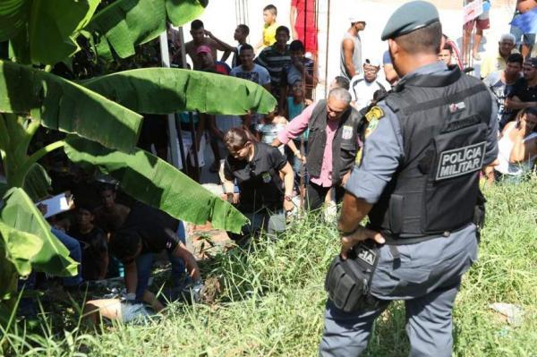 Corpo de homem é encontrado com sinais de tortura em rua do bairro Cidade de Deus