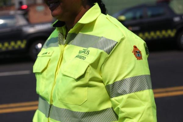 Agentes de trânsito ganham novos uniformes e veículos com tecnologia de geomonitoramento