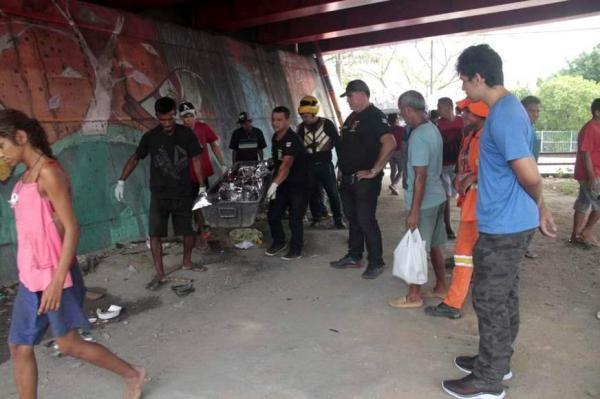 Jovem é encontrada morta a pauladas embaixo de viaduto da Constantino Nery; imagens fortes