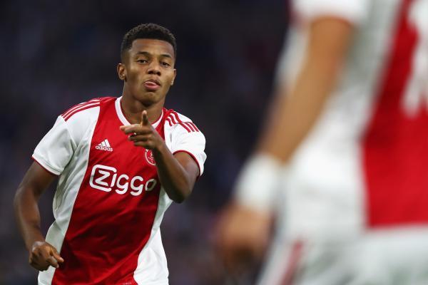 De contrato renovado, David Neres aposta em voos mais altos com o Ajax
