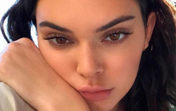 Kendall Jenner, das Kardashians, tem foto nua vazada na internet