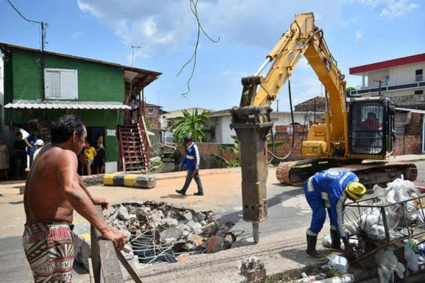 Ponte é interditada e trânsito desviado no Alvorada para início de obras de demolição