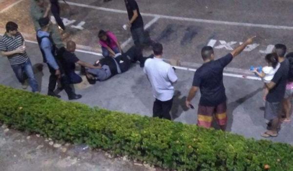 Segurança é baleado em assalto a lojas de shopping na Zona Sul de Manaus