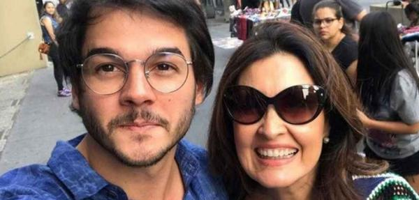 Namorado de Fátima Bernardes, Túlio Gadêlha, é eleito deputado federal