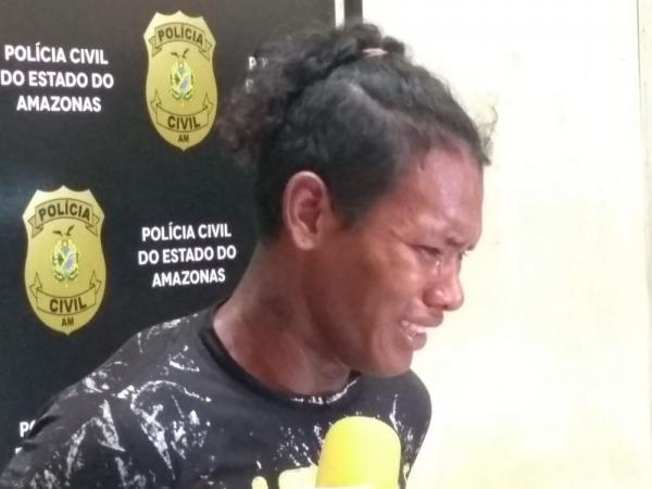 Suspeito de matar esposa grávida em Manaus é preso e chora: 'Não sei como arma disparou'