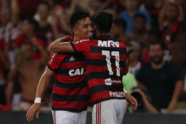 Comentarista pede cautela com oba-oba após clássico: 'Fluminense não é um rival do nível do Flamengo'