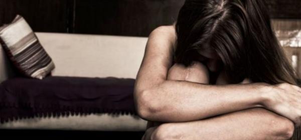 Homem é preso por obrigar filha de 17 anos a se prostituir em Manaus