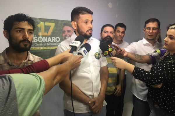 PSL de Bolsonaro diz que apoia Wilson Lima e Amazonino Mendes