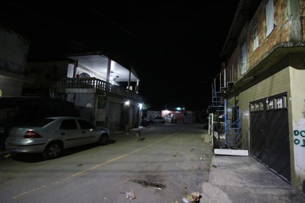 Membros do PCC ameaçam toque de recolher no Presidente Vargas