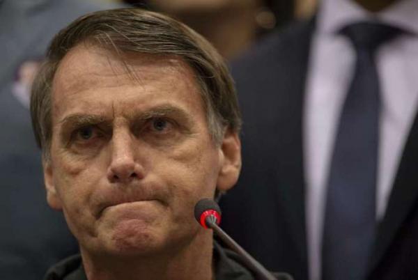 Bolsonaro faz reunião de trabalho no Rio para definir transição