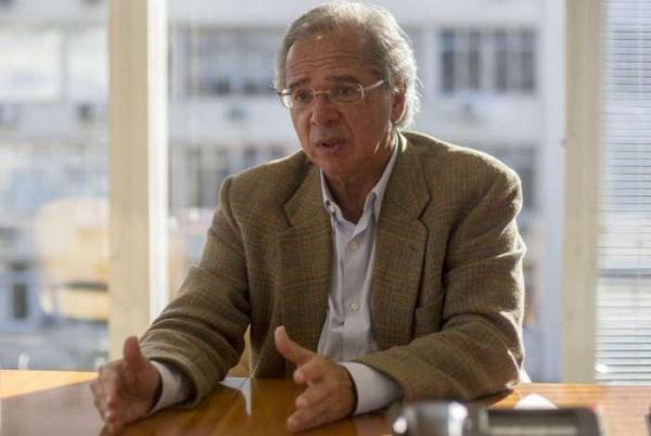 Evidentemente, existe um cálculo político na reforma da Previdência, diz Guedes